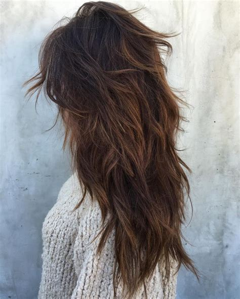pictures of back of choppy layered hair best 25 long choppy layers ideas on pinterest medium