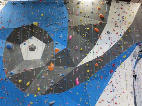 best indoor rock climbing top 5 indoor rock climbing gyms in denver nerve