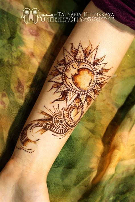 moon and sun tattoo henna sun and moon www imgkid the image kid has it