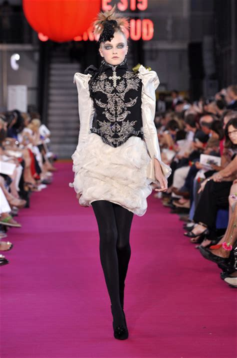 Runway Report Christian Lacroix Couture by Christian Lacroix At Couture Fall 2008 Livingly