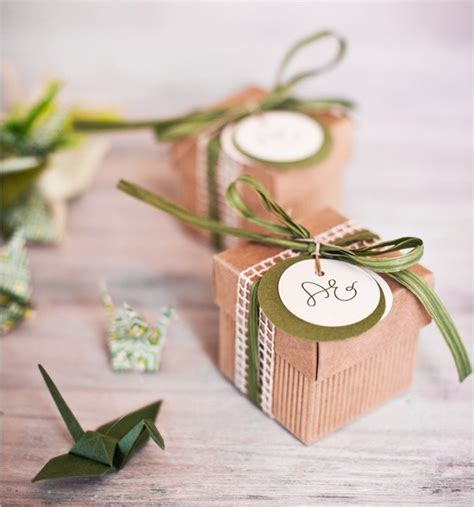 Giveaway Box - your wedding in colors peach and olive arabia weddings