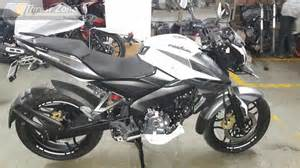 pulsur200 new model 2017 pulsar 200 ns bsiv with aho finally launched at rs