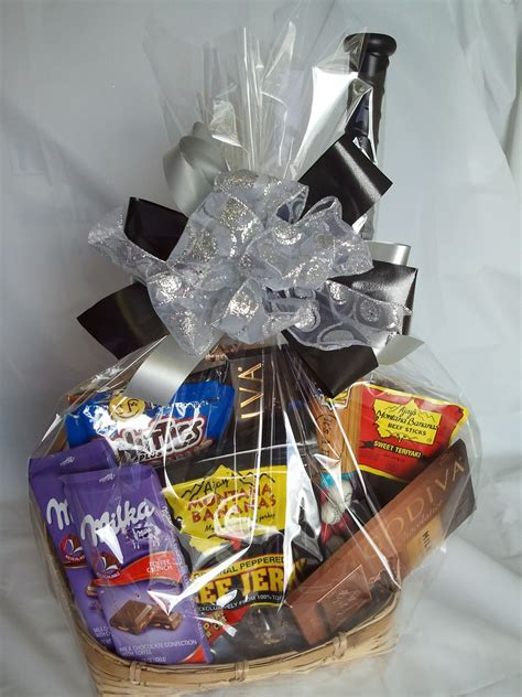 s day basket