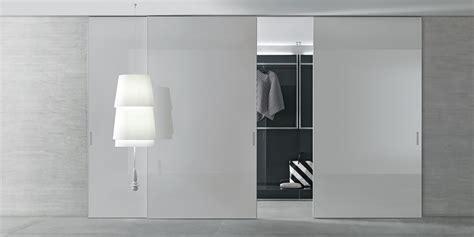porta scorrevole per cabina armadio graphis light porta scorrevole per cabine armadio rimadesio