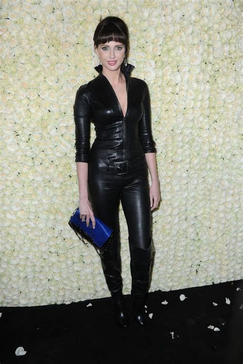 1920 schlafzimmermöbel fr 233 d 233 rique bel in leather 2015 cannes festival canal