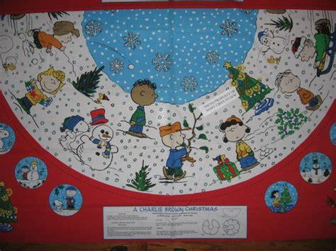 charlie brown peanuts gang 2 christmas tree skirt cotton