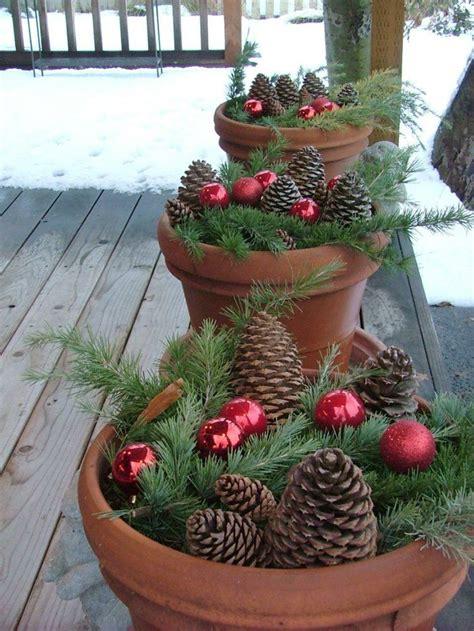 stimmungsvolle ideen fuer weihnachtsdekoration aussen