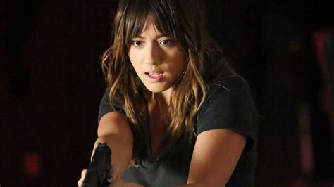 haley bennett agent agents of shield s chloe bennet ready to rumble in quake
