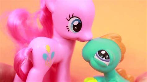 pony pinkie pie meet lps pet lizard youtube