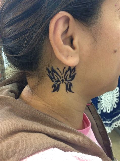 tattoo behind ear butterfly butterfly behind the ear henna tattoo henna pinterest