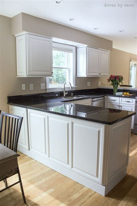 25 best ideas about kitchen cabinet molding on
