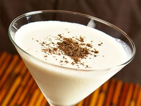 eggnog martini recipe cooking and entertaining with leah december 2013