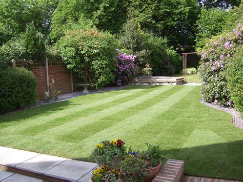 New Build Garden Ideas Some Of Our Previous Work Grassy Bank Garden Services