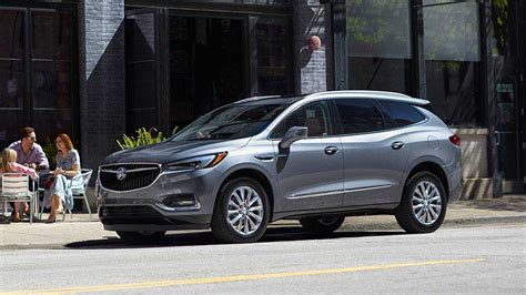 mid size buick suv 2018 buick enclave mid size luxury suv buick