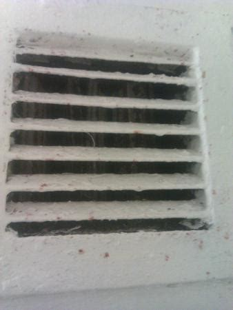 Nyc Apartment Bathroom Vent Filthy Air Vent Above Shower In Bathroom Picture Of