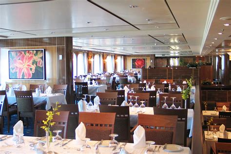 Britannia Dining Room Qm2 2 Dining Bars Lounges Dining Options