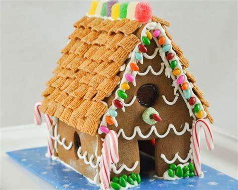 homemade gingerbread house beki cook s cake blog homemade gingerbread house recipe