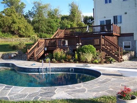 does a swimming pool increase the home value