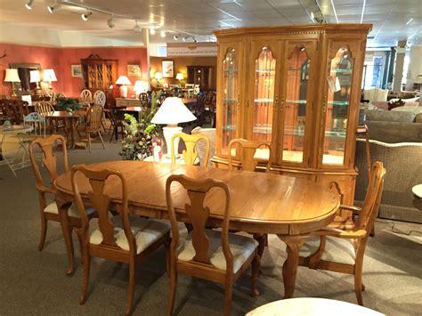 young hinkle ship ahoy desk 80 young hinkle dining room set keller oak dining