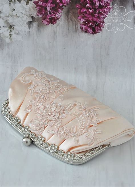 Hochzeitsschuhe Apricot by 220 Ber 1 000 Ideen Zu Brauttasche Auf