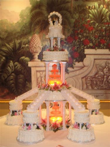 wedding cakes with fountains and stairs   Wedding Cakes