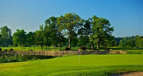 plymouth country club indiana swan lake resort silver course in plymouth indiana usa