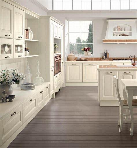 Cucine Classiche Chiare by Cucine Classiche Chiare Home Interior Idee Di Design