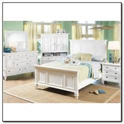 White Bedroom Set Queen Berkshire Lake White 5 Pc Queen Panel Bedroom Bedroom Sets