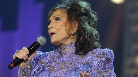 loretta lynns sold out show three concerts at cains more country legend loretta lynn pushes back album after stroke