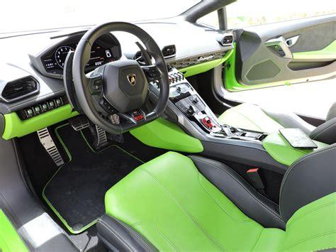 lamborghini huracan inside image gallery lime green lamborghini interior