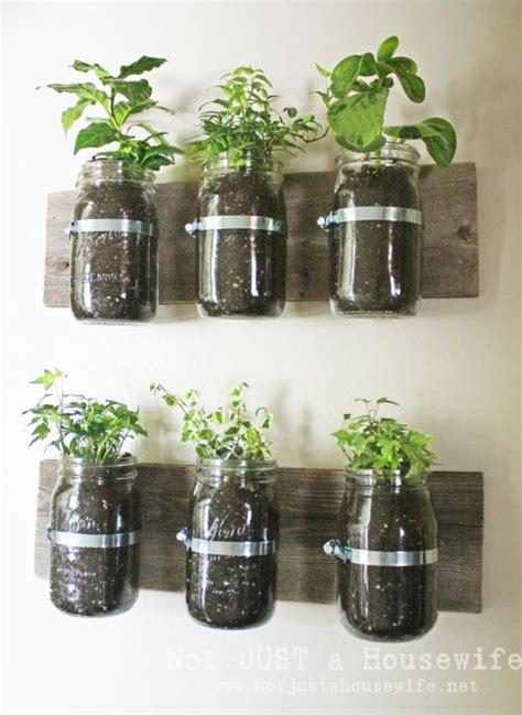 6 ways to decorate with mason jars
