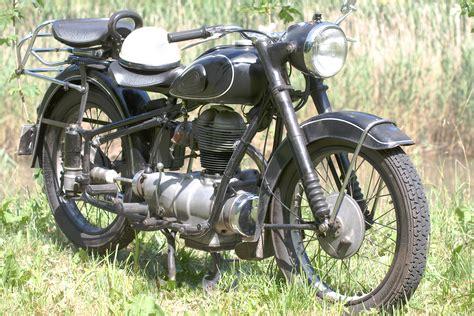 Motorrad älter Als 30 Jahre Versichern by Motorrad Oldtimer Nicht Nur Sammlern Begehrt