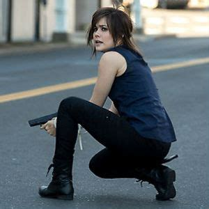 megan boone as elizabeth keen theblacklist the cast blacklist murder she writes