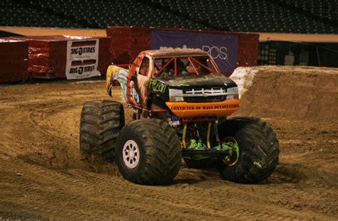 monster truck jam oakland oakland california monster jam february 26 2011