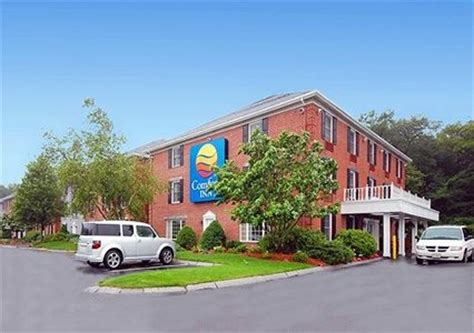 comfort inn foxboro ma comfort inn in foxborough ma 02035 citysearch