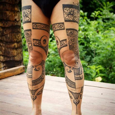 traditional leg tattoos leg using traditional tapping