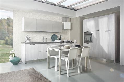 Cucine Stile Contemporaneo by Cucine Bianche Design Contemporaneo Componibili Laminato