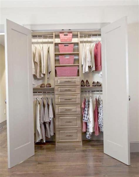 Walk In Closet Organization Tips by Narrow Walk In Closet Organization Ideas Home Design Ideas