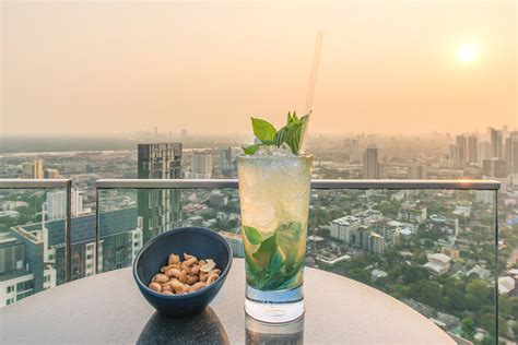 roof top bars in london top 4 rooftop bars in london the montcalm