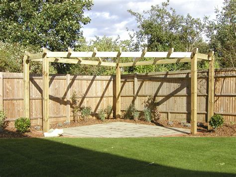 Love This Corner Pergola I Have A Great Corner I Can Put Corner Pergola Plans