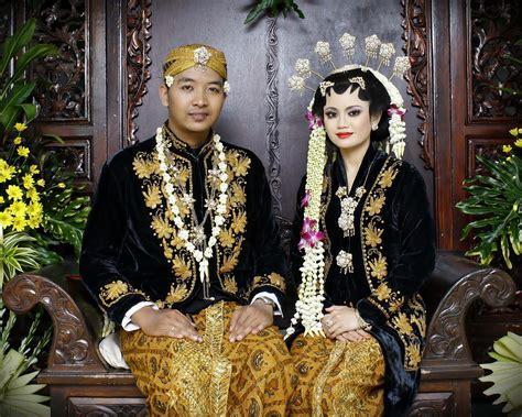 Foto Prewedding Adat Jawa Timur by Budaya Jawa Timur Archistudent