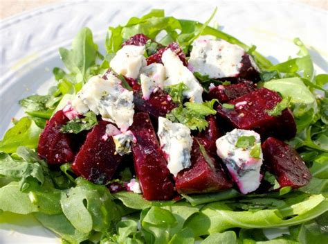 roasted beet salad with arugula and gorgonzola cheese