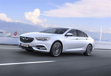 opel holden holden 2018 commodore opel knew of possible commodore