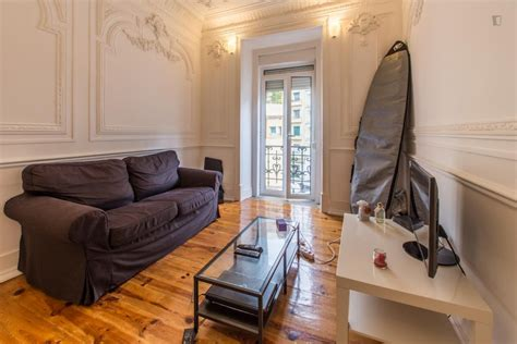 rent a room in lisbon stunning 9m2 room in central lisbon apartment room for rent lisbon