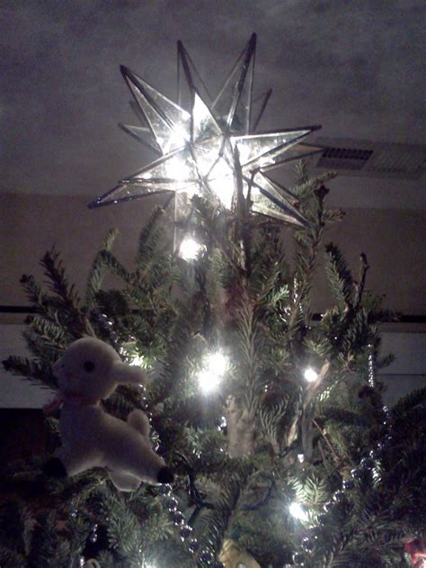 stained glass moravian star tree topper