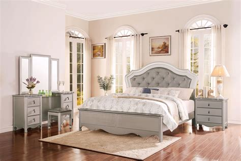 homelegance toulouse upholstered bedroom set chagne