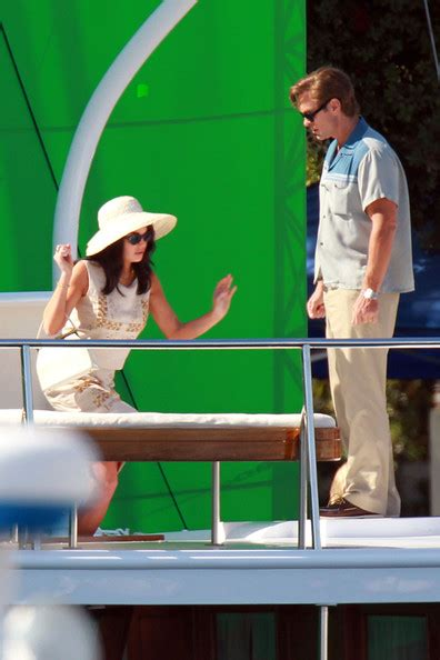 Lindsay Lohan Working On The Set Of I Kno by Lindsay Lohan On The Set Of Liz And 1 Of 28 Zimbio