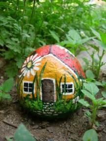 Painting Rocks For Garden Rock Painting For Everyone Home Design Garden