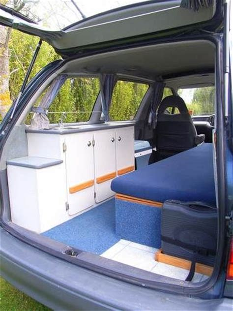 Sleeper Vans For Rent by Happy Cers 2 Berth Toyota Estima Sleeper For Hire