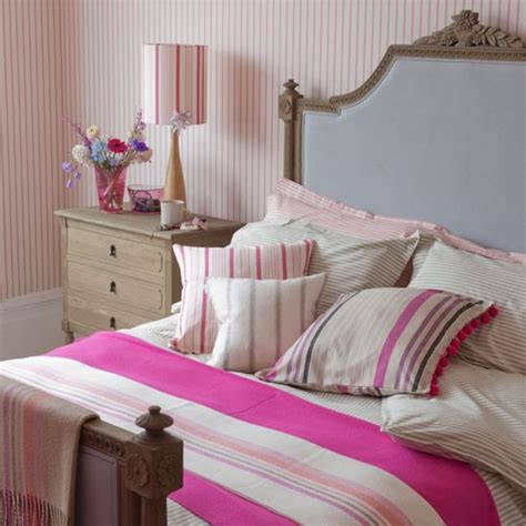 dress up rooms and houses dress up with stripes country bedroom ideas